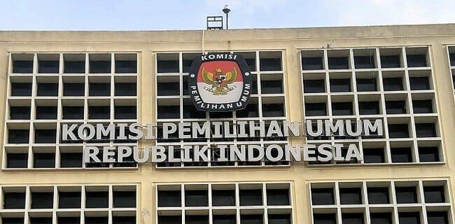 Empat Komisioner KPU Dijatuhi Sanksi