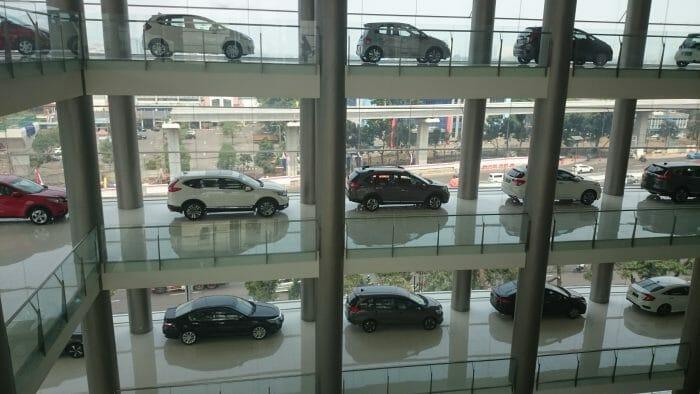 Penjualan Mobil Anjlok 95 Persen