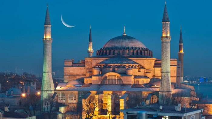Hagia Shopia Resmi Jadi Masjid
