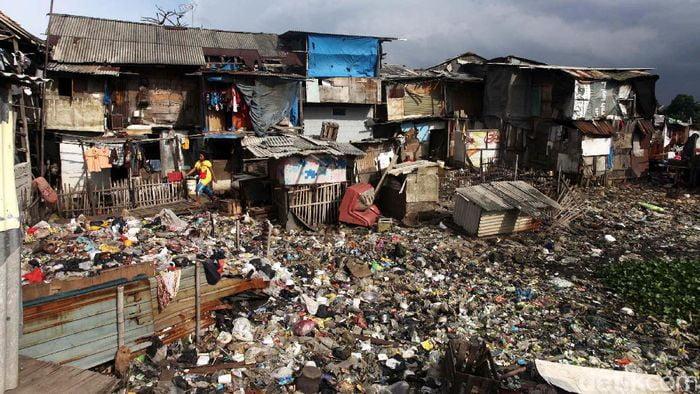 Penduduk Miskin Indonesia Melonjak