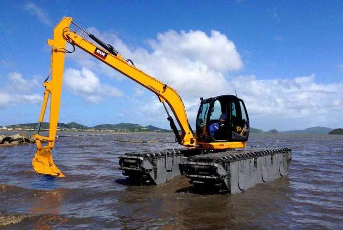PPU Datangkan Eskavator Amfibi
