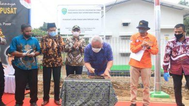 Photo of Gubernur Isran Resmikan PLTS di Paser