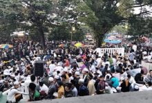 Photo of Ribuan Orang Padati Haul di Banten